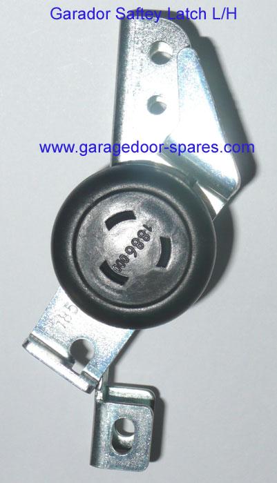Garador Safety Latch Roller Wheel L H Garage Door Spares
